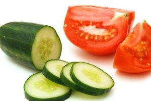 5 loại rau ăn sống bổ dưỡng 'gấp nghìn lần' nấu chín