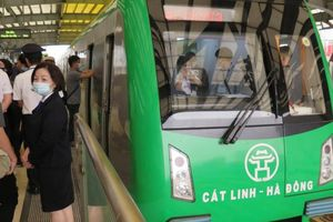 Nhà ga đường sắt Cát Linh - Hà Đông sắp có thêm cửa chắn an toàn
