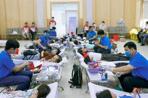 Năm 2021, toàn tỉnh phấn đấu vận động hiến 21.000 đơn vị máu