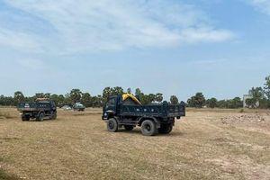 An Giang: Bắt quả tang khai thác đất mặt ruộng trái phép với số lượng lớn