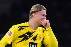 Dortmund tìm tiền đạo thay Haaland