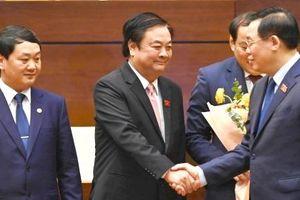 Đại biểu Quốc hội đặt niềm tin ở tân Bộ trưởng Lê Minh Hoan
