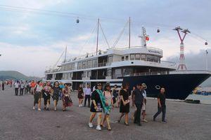 Đoàn famtrip 3 miền Bắc – Trung - Nam khảo sát du lịch tại Khánh Hòa