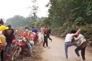 Xác minh clip 2 nữ sinh ẩu đả ở Nghĩa Đàn