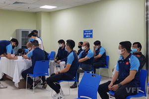 Lùi lịch tiêm vaccine COVID-19 cho các cầu thủ ĐTQG Việt Nam