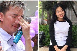 Ca sĩ Đàm Vĩnh Hưng vừa đi xe vừa khóc khi nhận được tin nhắn từ con gái nuôi