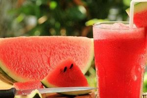 5 lợi ích tuyệt vời bạn nhận được khi ăn dưa hấu