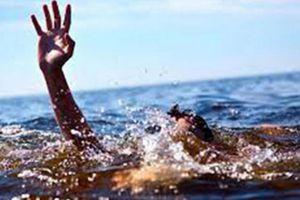 Đi tắm biển Cửa Lò cùng bạn, nam sinh đuối nước thương tâm