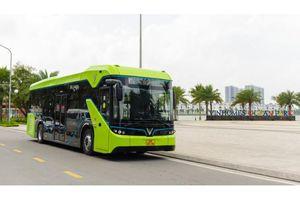 Hà Nội chính thức vận hành xe buýt điện VinBus