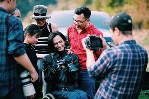 Nhiếp ảnh gia Lân 'xe lăn' thỏa đam mê cùng Ford Ranger Raptor