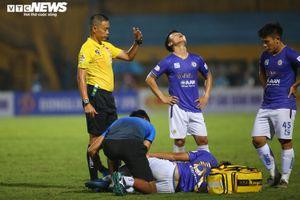 Hà Nội FC lần đầu thua Viettel: Bầu Hiển khó chịu, Quang Hải ngửa mặt than trời