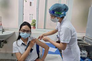 Việt Nam vẫn tiêm vaccine COVID-19 AstraZeneca