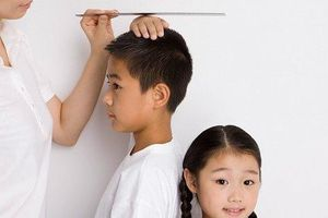 Đây là những việc cha mẹ nên làm khi con có dấu hiệu dậy thì sớm