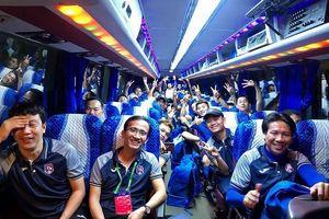 Chủ tịch Quảng Ninh quyết định tặng 500 triệu đồng cho đội bóng đất Mỏ