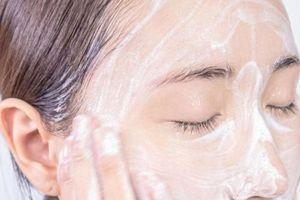 Mách bạn 4 tips rửa mặt đúng cách để làn da rạng ngời, chắc khỏe