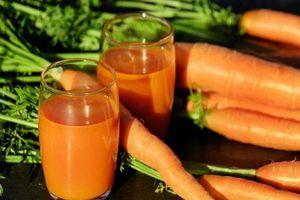 Uống mỗi ngày 1 ly nước ép cà rốt bạn sẽ thấy điều không ngờ
