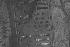 Lộ quy mô trại dã chiến của Nga gần Ukraine qua bức ảnh chụp từ không gian