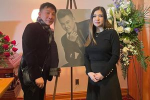 Sau bài đăng nghi ngờ bé Helen không phải con Vân Quang Long, Phạm Thanh Thảo lên tiếng thanh minh