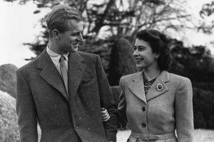 Câu chuyện chưa kể về cuộc đời vất vả từ khi lọt lòng của Hoàng thân Philip