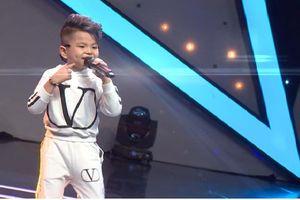 Cậu bé 6 tuổi 'khuấy động' sóng truyền hình với Vũ điệu Virus Corona
