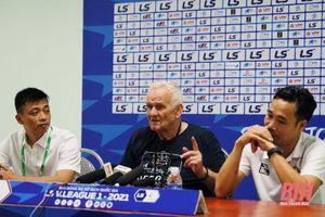 Giành chiến thắng thứ hai liên tiếp, các cầu thủ Đông Á Thanh Hóa được 'bố già' Petrovic hết lời khen ngợi