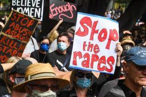 Úc quyết 'làm sạch nghị trường'