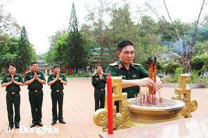 Viện Lịch sử quân sự Việt Nam viếng Nghĩa trang liệt sĩ Nhơn Trạch và Long Thành