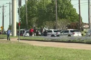 Xả súng ở bang Texas, nhiều người thương vong