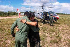 Câu chuyện sống sót không tưởng của phi công sau 38 ngày máy bay bốc cháy