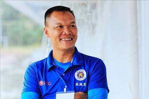 Nhà vô địch AFF Cup 2008 về làm thuyền trưởng Quảng Nam