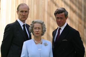 7 ngôi sao từng đóng vai Hoàng thân Philip trên màn ảnh
