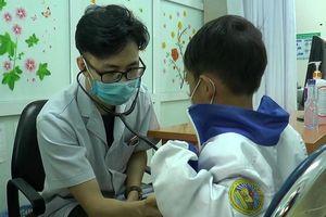 Khám sàng lọc bệnh tim miễn phí cho trẻ em tỉnh Điện Biên