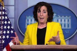Quan chức cấp cao đầu tiên của Tổng thống Biden tuyên bố từ chức