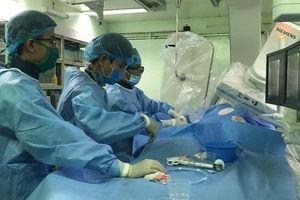 Cứu sống bệnh nhân 'thập tử nhất sinh' với chi phí 0 đồng