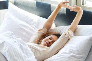6 việc nên và không nên làm sau khi ngủ dậy: Thực hiện đúng cả 6 để sống thọ và luôn khỏe mạnh