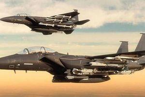 Forbes: Ukraine có thêm 100 máy bay F-15 từ Mỹ cũng không đối đầu được Nga