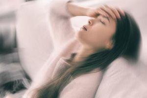 'Ngất xỉu khi gặp trai đẹp' - Căn bệnh hiếm