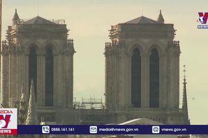 Người Pháp trùng tu Notre-Dame de Paris