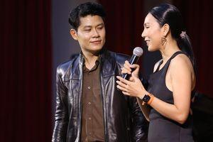 Khánh Ngọc kể chuyện 'Vầng Trăng Khóc' trong kỷ niệm 20 năm làm nghề của Nguyễn Văn Chung