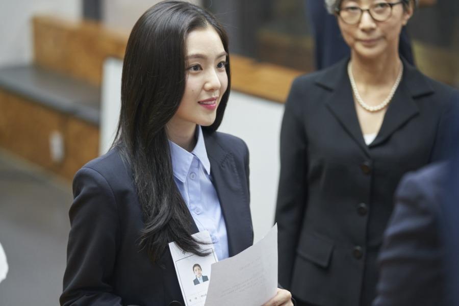 Irene được khen khi lần đầu đóng chính 'Nhân đôi tình yêu'
