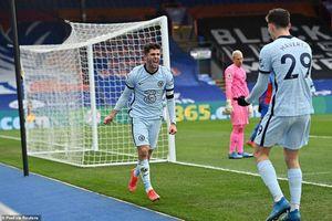 'Mưa bàn thắng' đưa Chelsea trở lại Top 4
