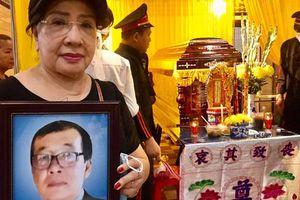 Nhiều nghệ sĩ tiễn đưa nhạc sĩ Thanh Liêm, NSND Lệ Thủy xúc động nghẹn lời
