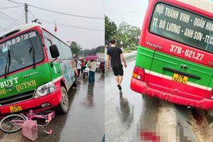 Kinh hãi cảnh tượng xe buýt hóa 'hung thần xa lộ'