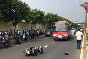 Tin giao thông đến sáng 11/4: Xe buýt cuốn hai người đàn ông vào gầm tử vong