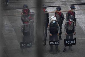 Reuters: 80 người biểu tình thiệt mạng trong vụ trấn áp ở thị trấn Myanmar