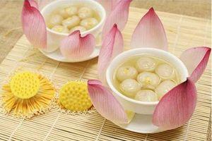 Học 2 cách nấu chè hạt sen thơm ngon, thanh mát ngày hè