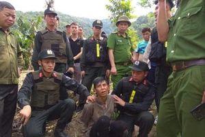 Sơn La: Chém gục bố đẻ trong nhà tắm rồi trốn vào rừng