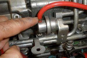 Dấu hiệu hư hỏng bơm xăng ô tô và cách kiểm tra