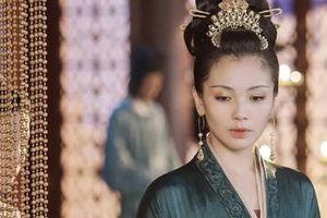 Hoàng hậu 'cả gan' nhất lịch sử Trung Hoa: Dám bạt tai Hoàng đế đến xây xẩm mặt mày vì dung túng Phi tần loạn ngôn nói xấu 'chính thất'