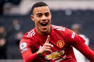 Greenwood tái lập thành tích ấn tượng của Ronaldo